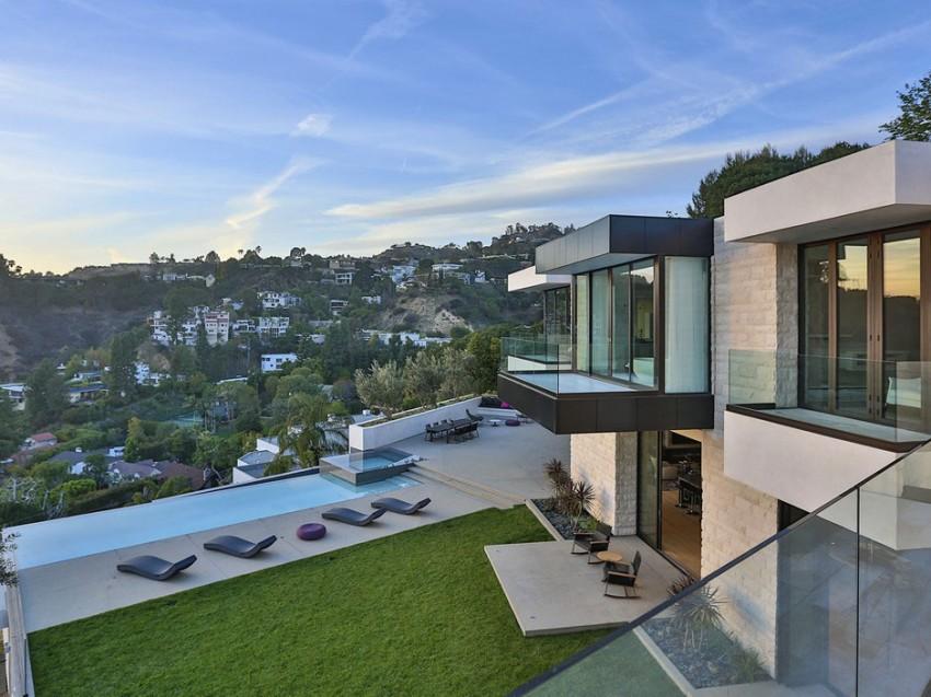 Designer Home on Sunset Strip (3)