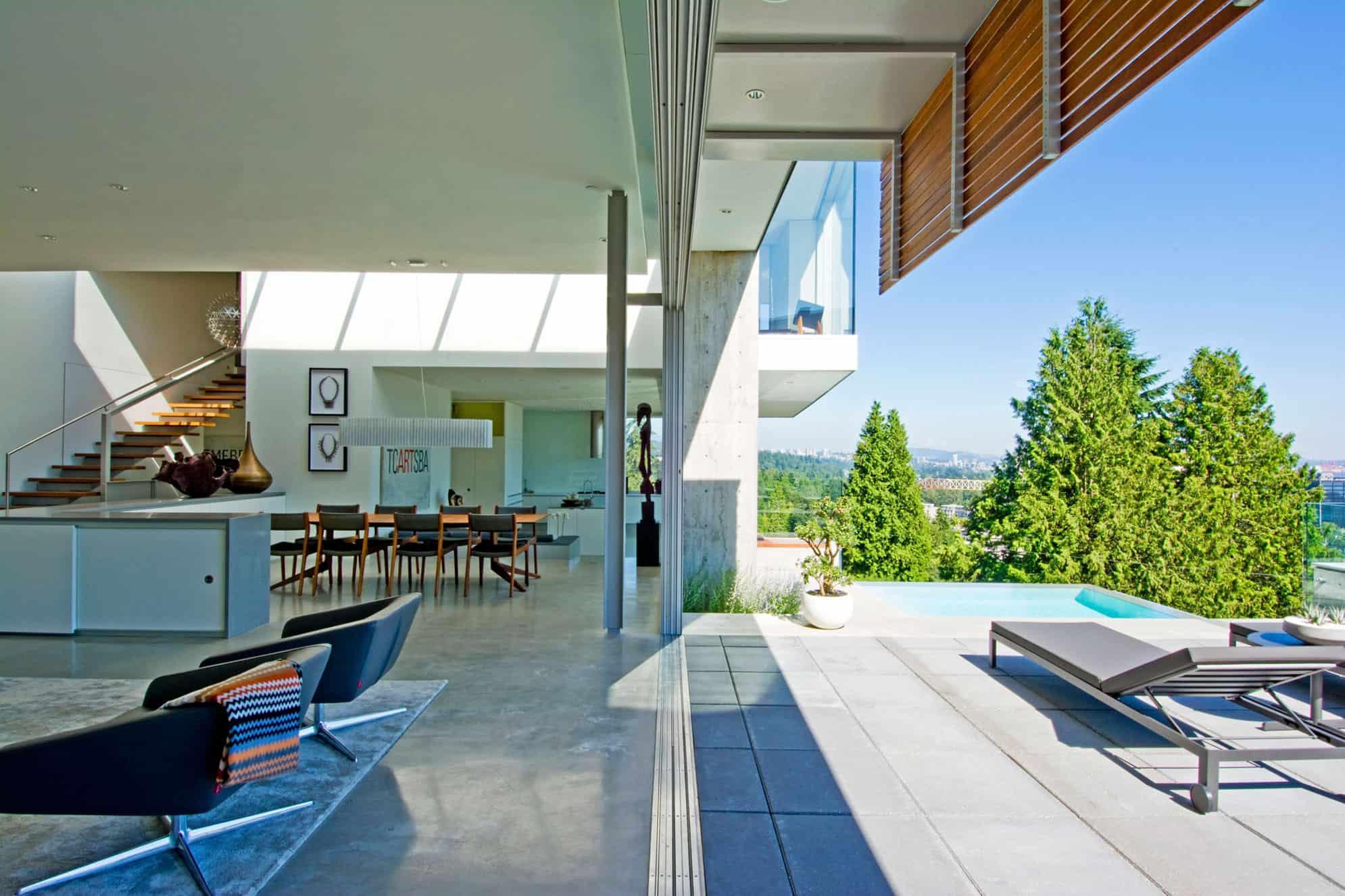 Esquimalt by McLeod Bovell Modern Houses
