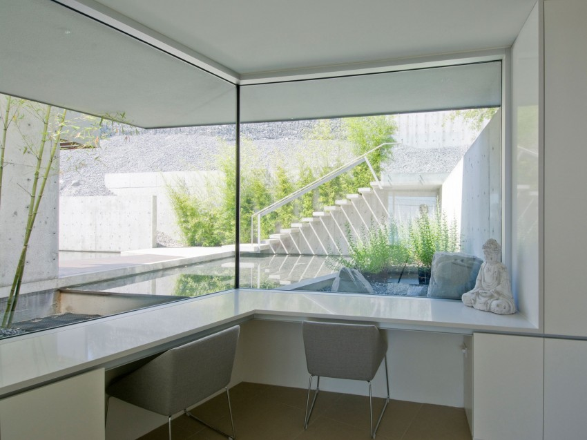 Esquimalt by McLeod Bovell Modern Houses (8)