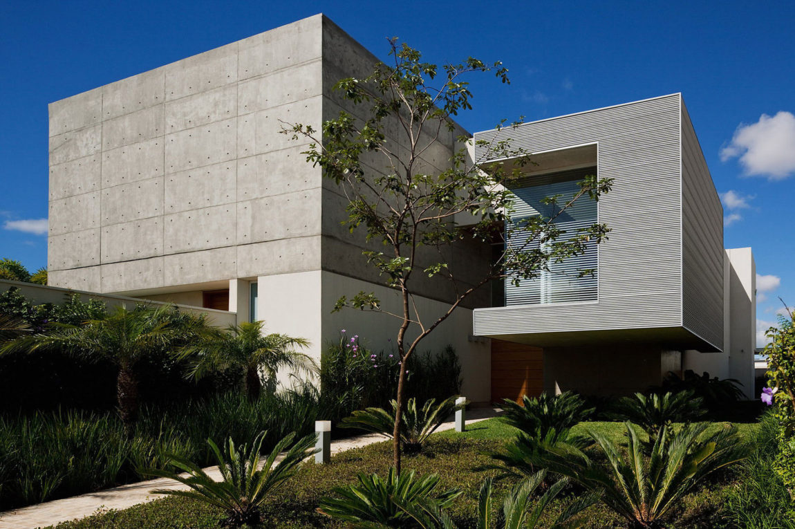FG Residence by Reinach Mendonça Arquitetos Associados (1)