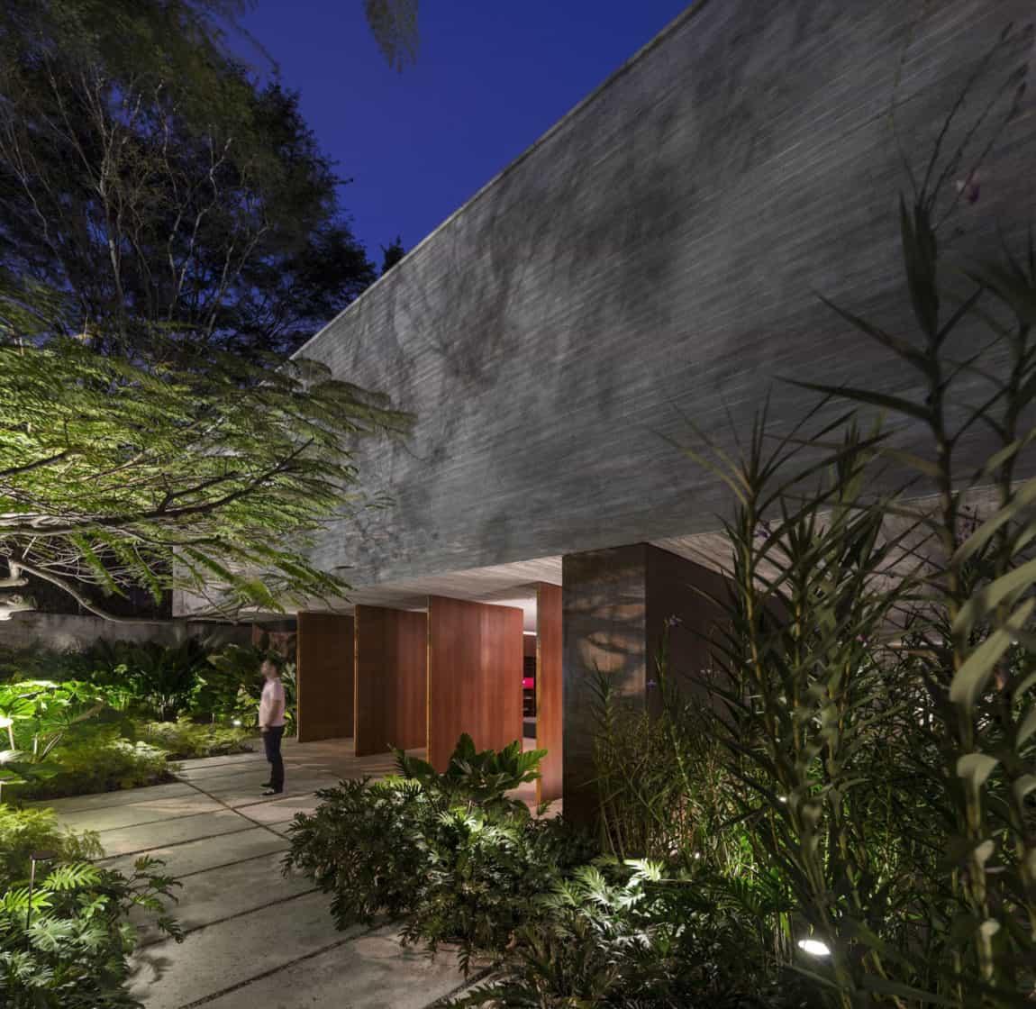 Ipês House by Studio MK27 & Lair Reis (27)