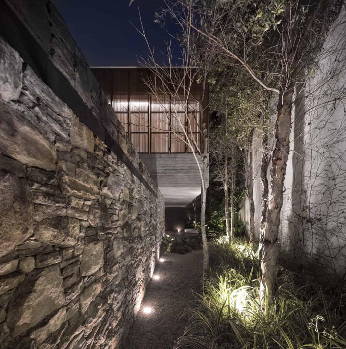 Ipês House by Studio MK27 & Lair Reis (28)