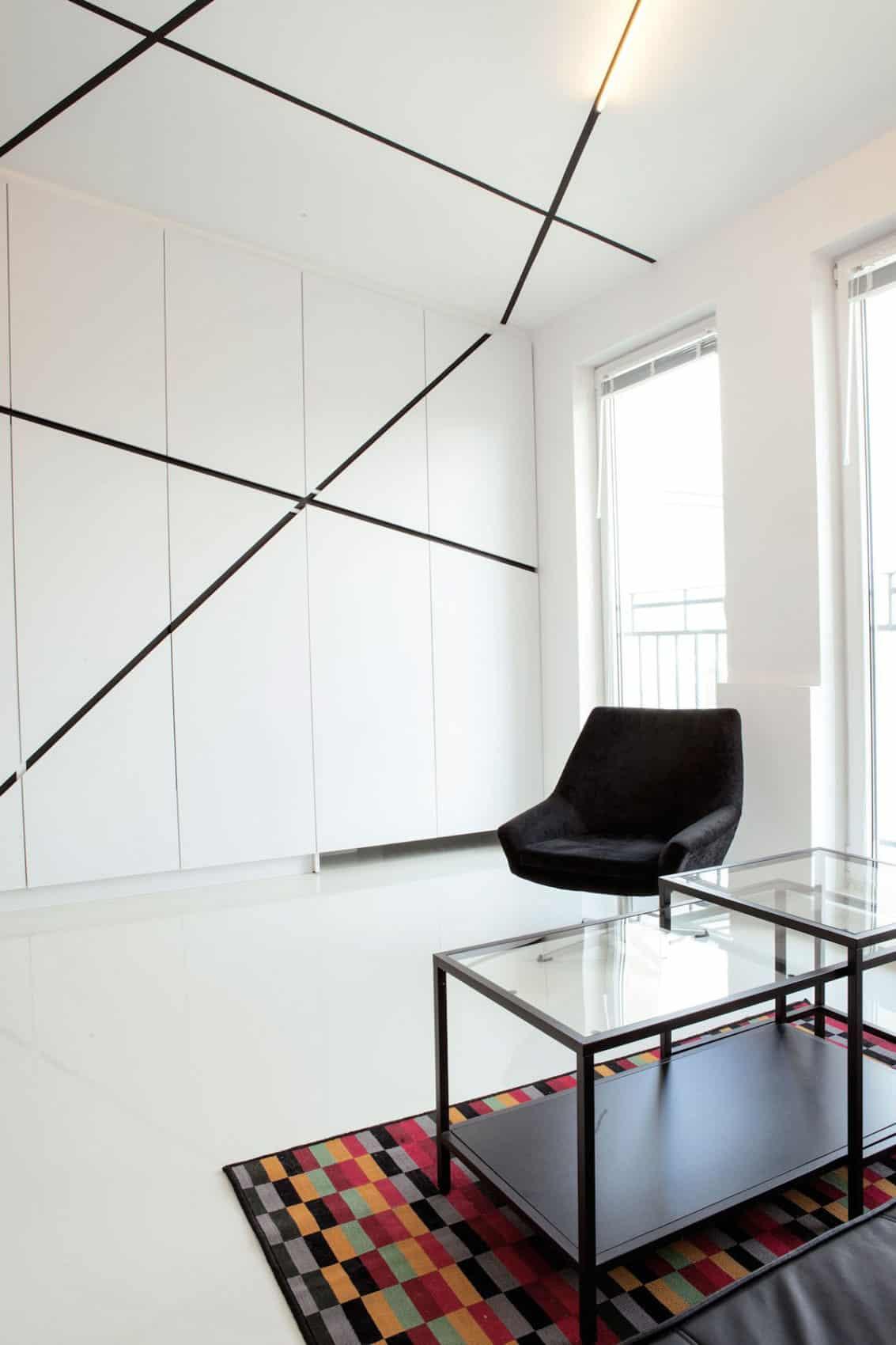 Minimalist Apartment in Lazarz by Mili Mlodzi Ludzie (4)