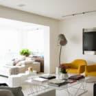 Panamby Apartment by Diego Revollo Arquitetura (6)
