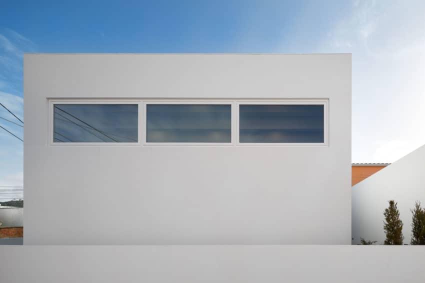 Pó House by Ricardo Silva Carvalho Arquitectos (3)