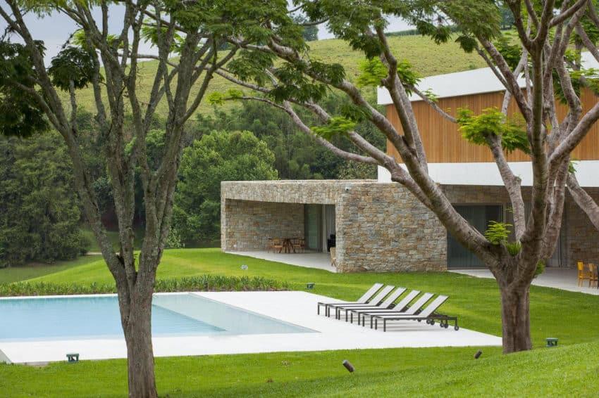 Residencia Itatiba by RoccoVidal P+W (3)