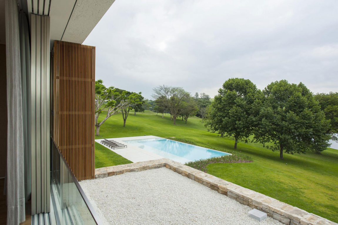 Residencia Itatiba by RoccoVidal P+W (7)
