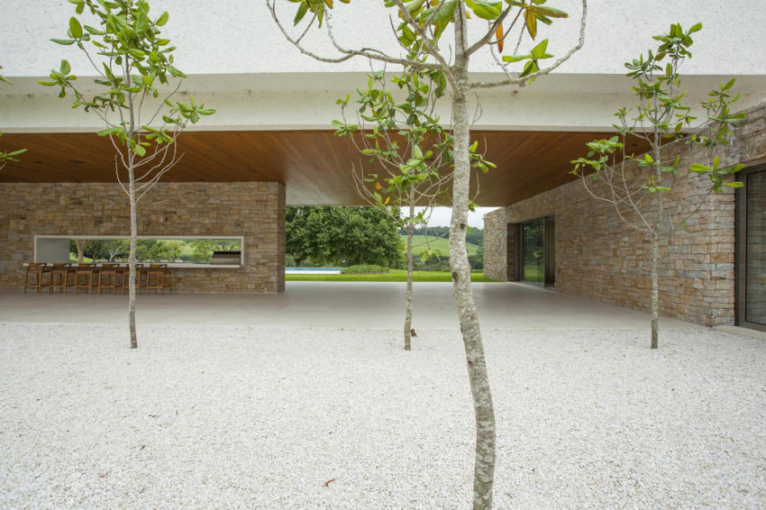 Residencia Itatiba by RoccoVidal P+W (11)
