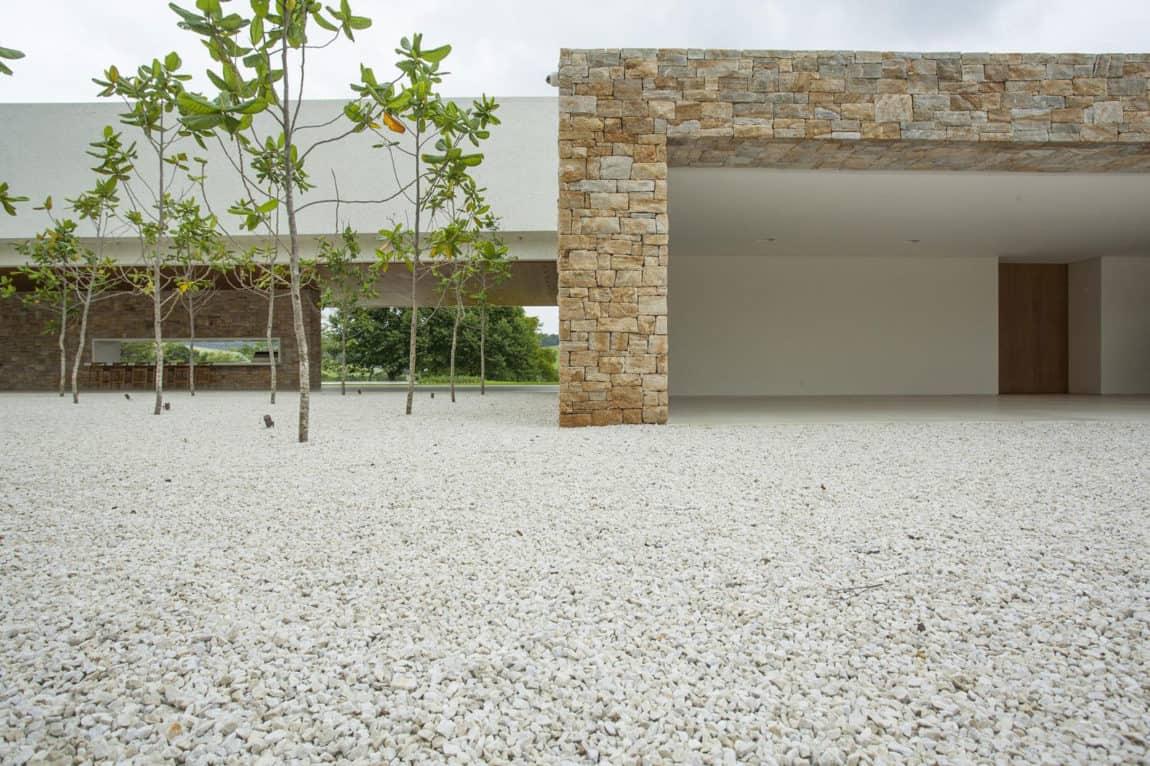 Residencia Itatiba by RoccoVidal P+W (13)