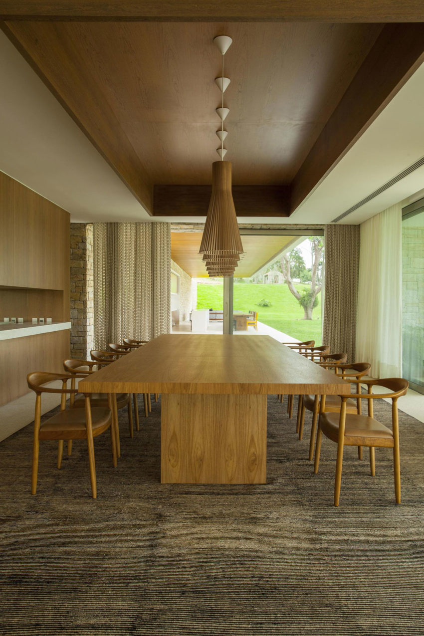Residencia Itatiba by RoccoVidal P+W (21)
