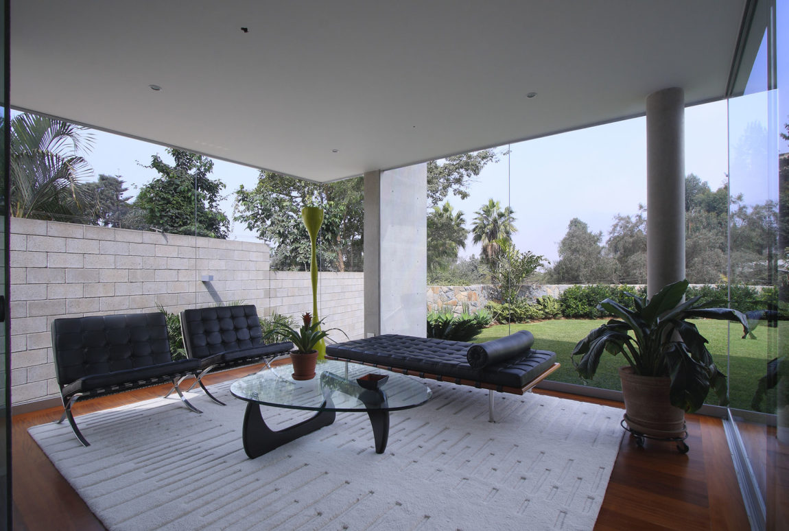 S House by Domenack Arquitectos (5)