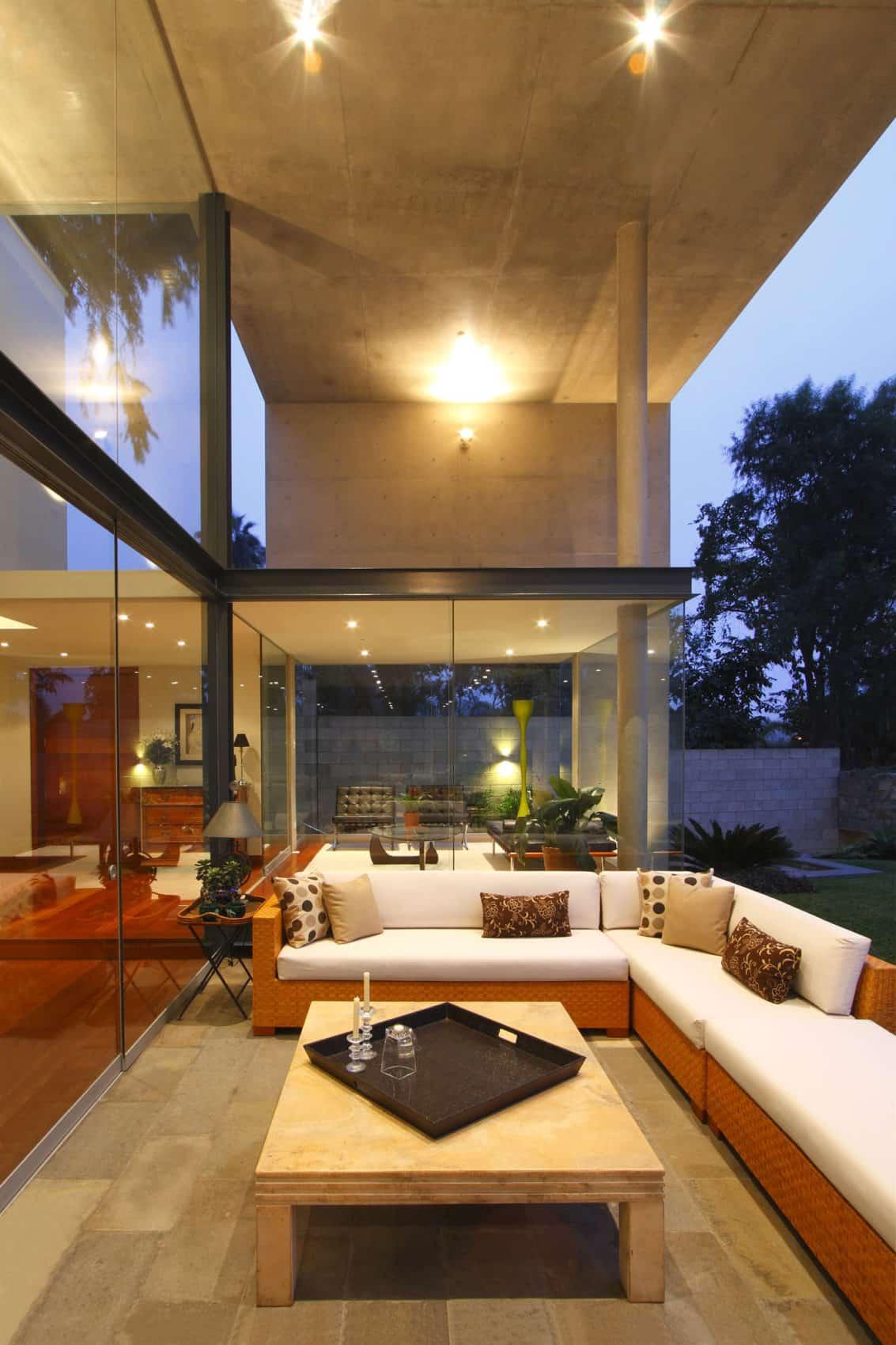 S House by Domenack Arquitectos (11)
