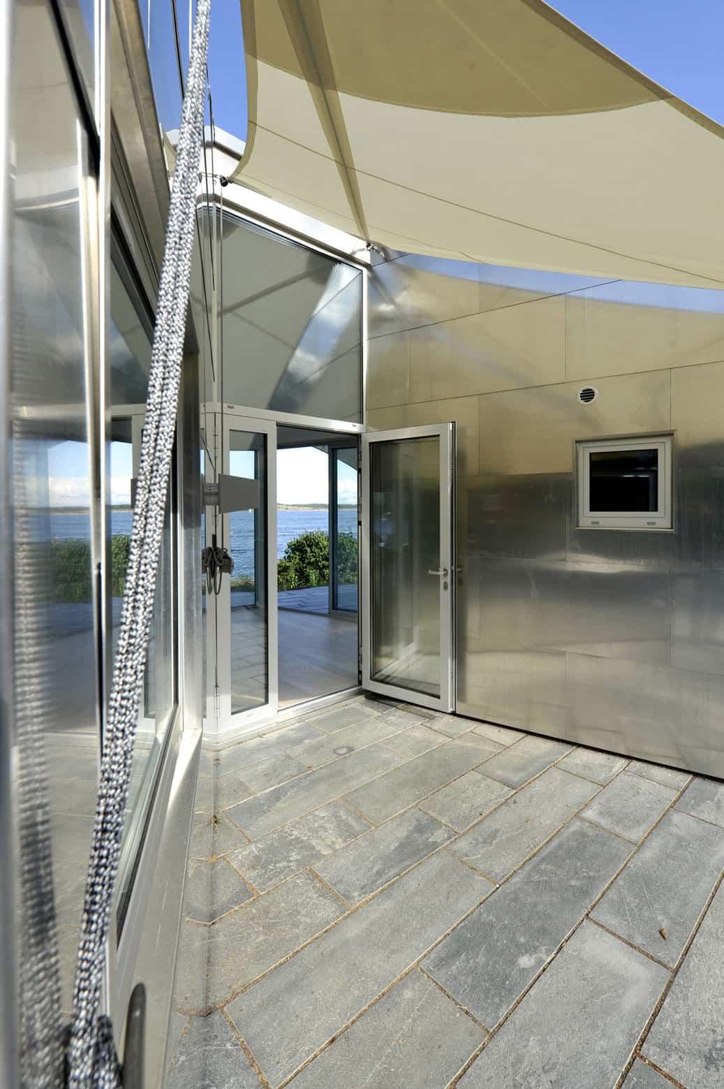 The Aluminum Cabin by JVA (7)