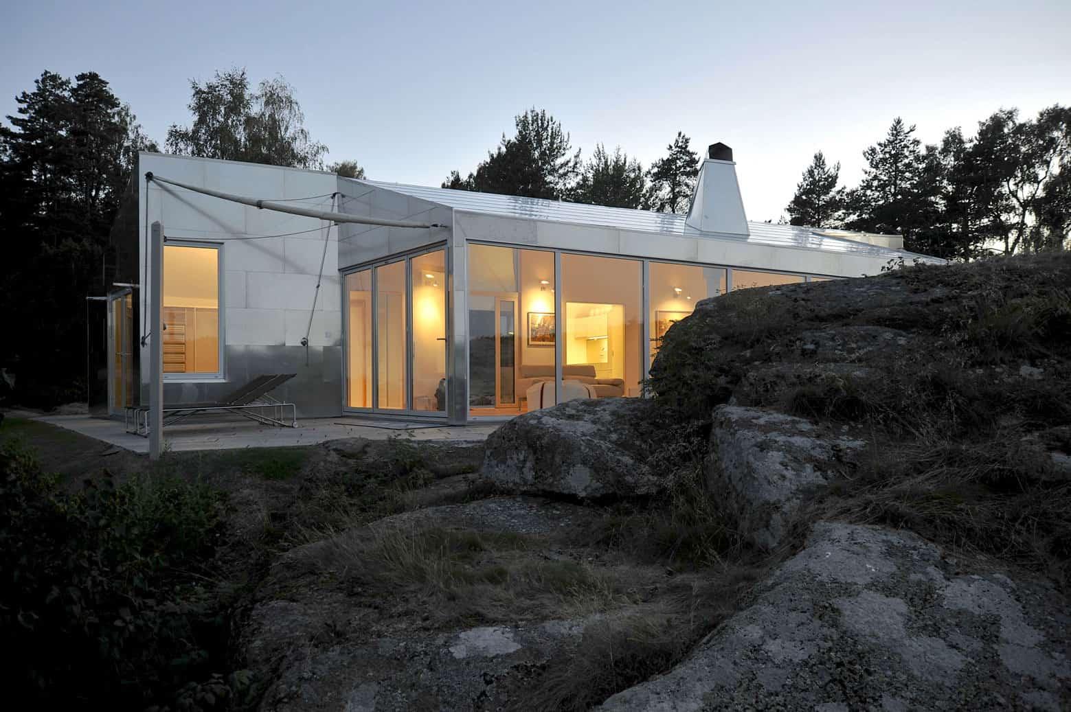 The Aluminum Cabin by JVA