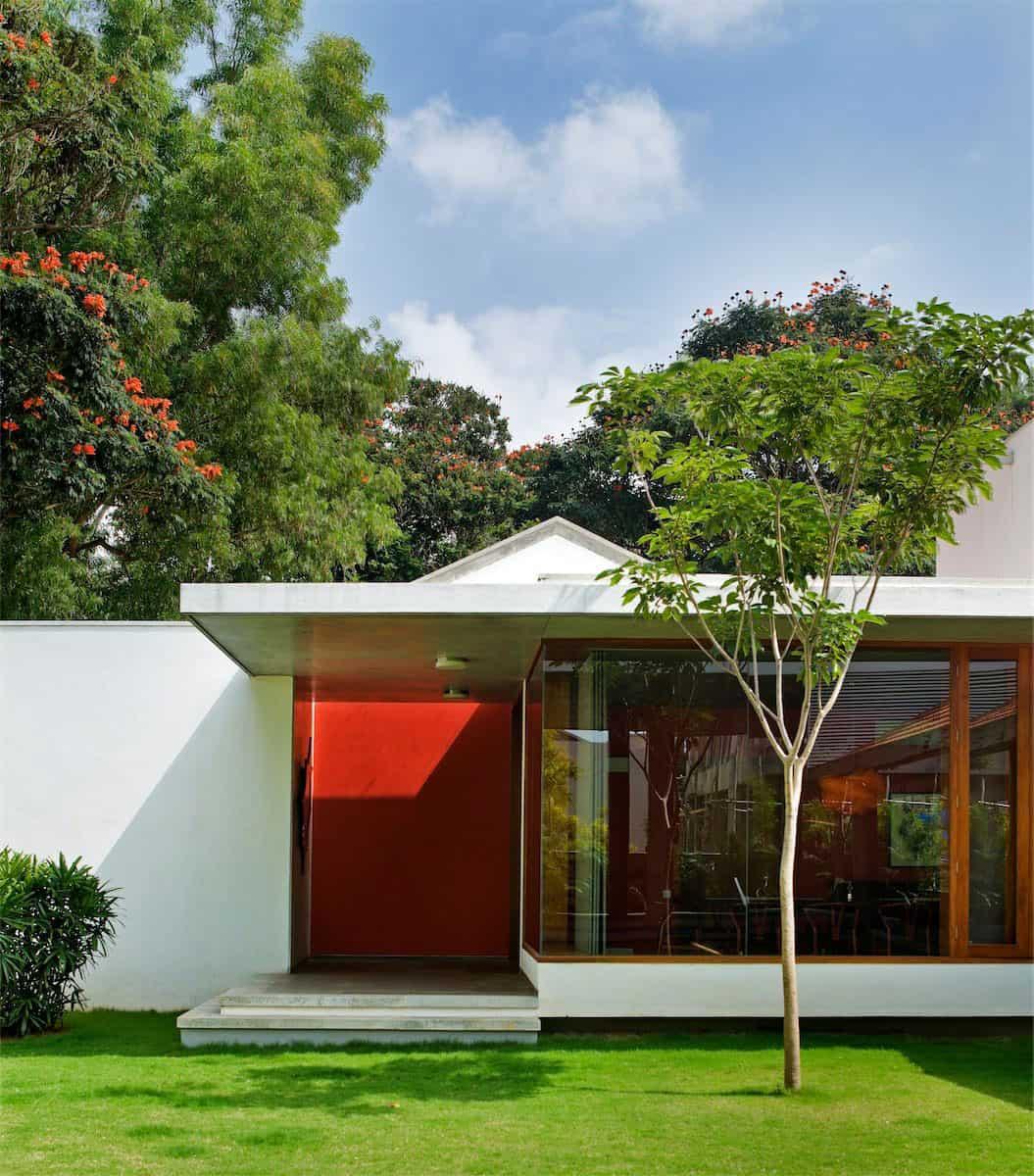 The Library House by Khosla Associates (5)