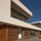 Waters Edge Beach House by COA (1)