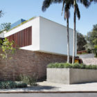 AH House by Studio Guilherme Torres (3)