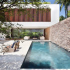AH House by Studio Guilherme Torres (5)