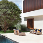 AH House by Studio Guilherme Torres (8)