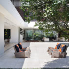 AH House by Studio Guilherme Torres (10)