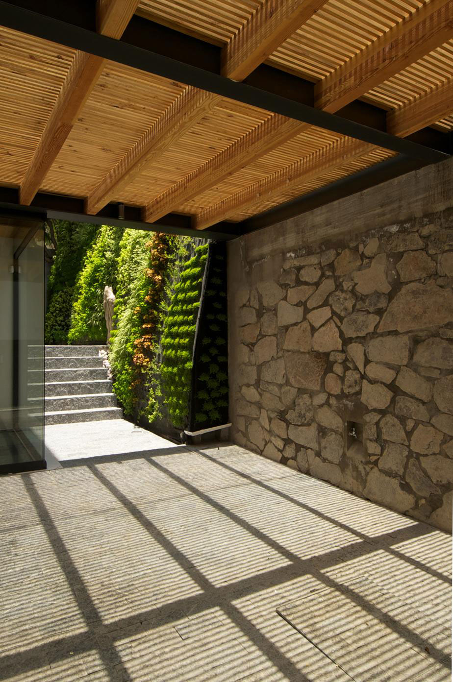 Casa Jacarandas by Hernandez Silva Arquitectos (2)