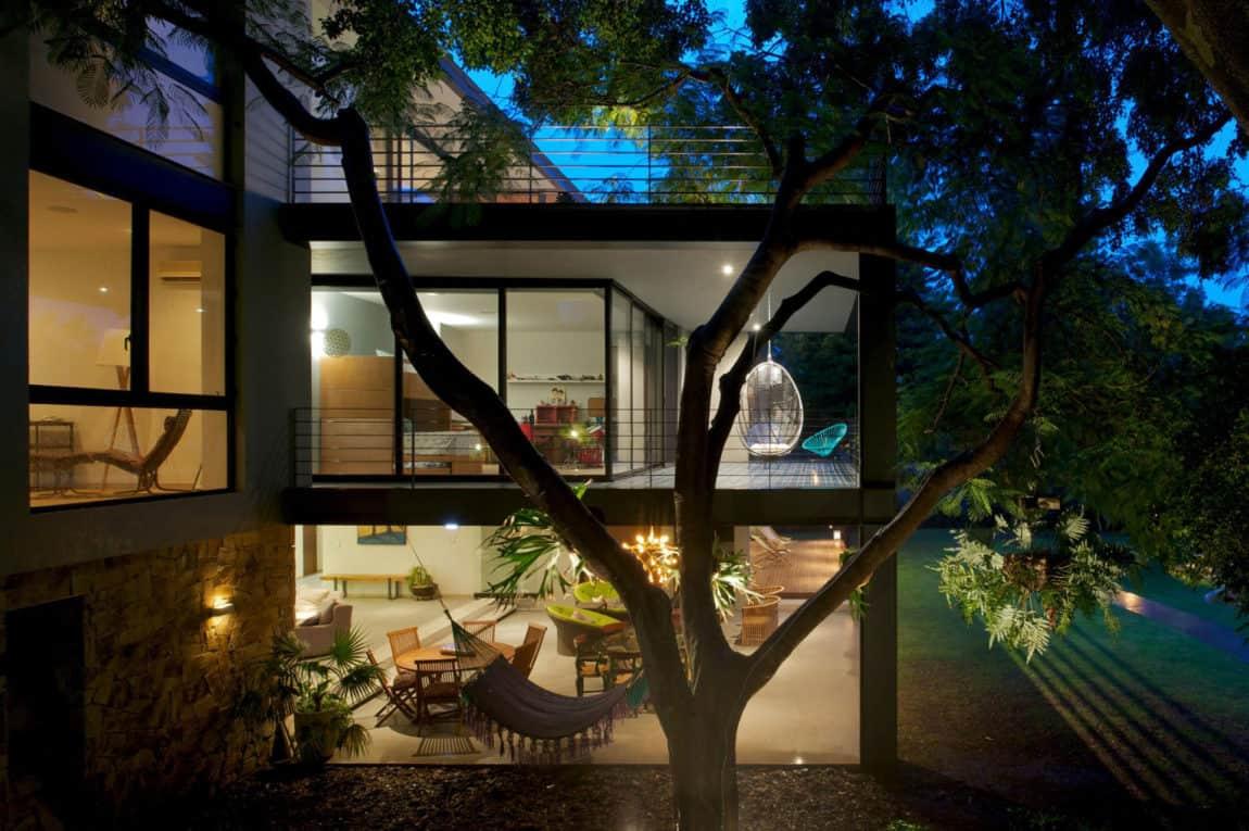 Casa Jacarandas by Hernandez Silva Arquitectos (14)