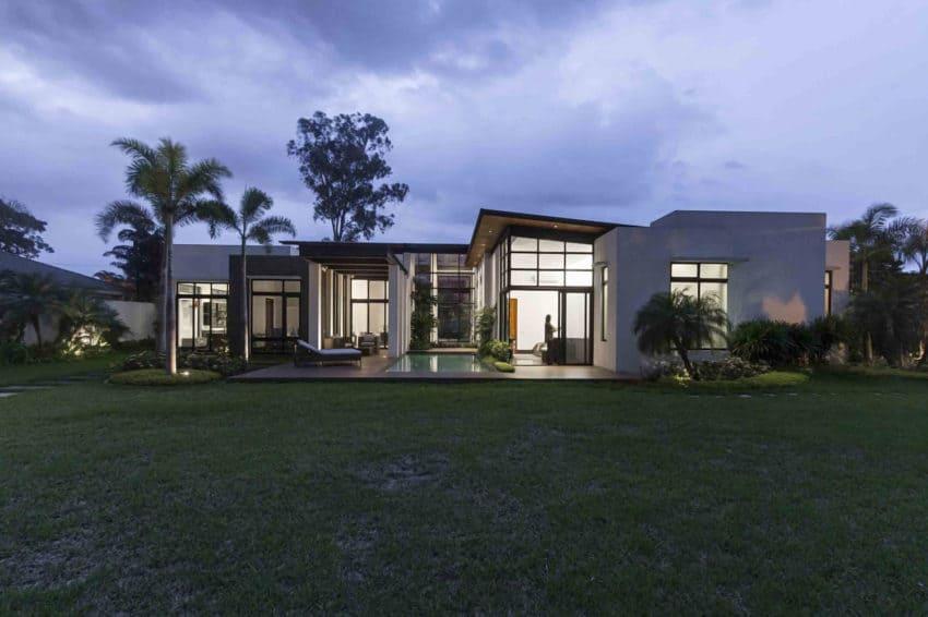 Casa M by Jannina Cabal & Arquitectos (14)