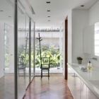 DM House by Studio Guilherme Torres (28)