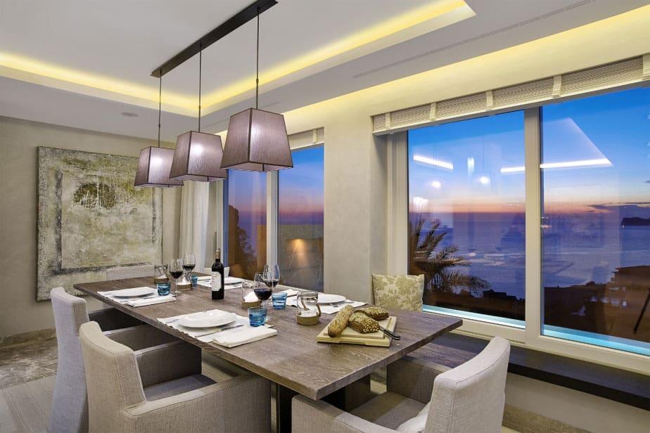 Elegant Villa with Breathtaking Sea Views (22)