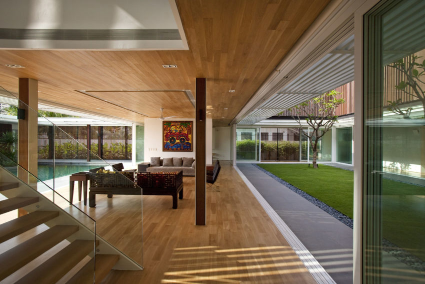 Enclosed Open House by Wallflower Architecture + Design (14)