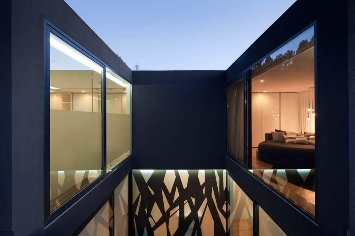 Fábio Coentrão House by António Fernandez Architects (16)