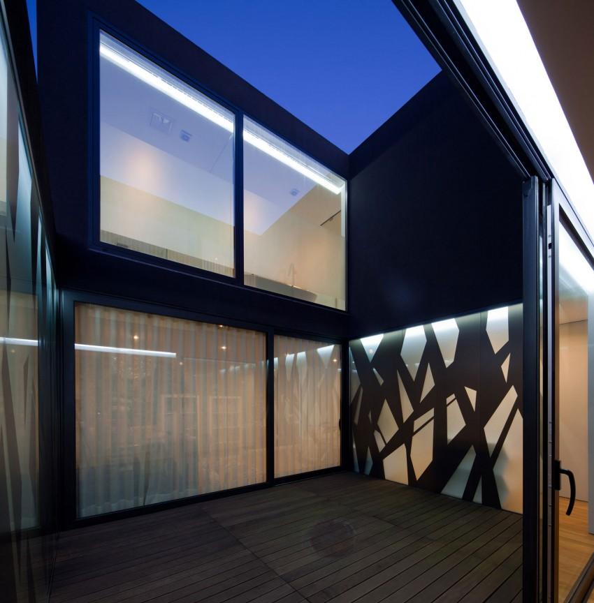 Fábio Coentrão House by António Fernandez Architects (18)