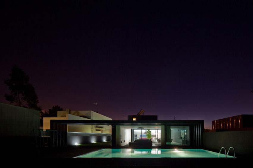 Fábio Coentrão House by António Fernandez Architects (28)