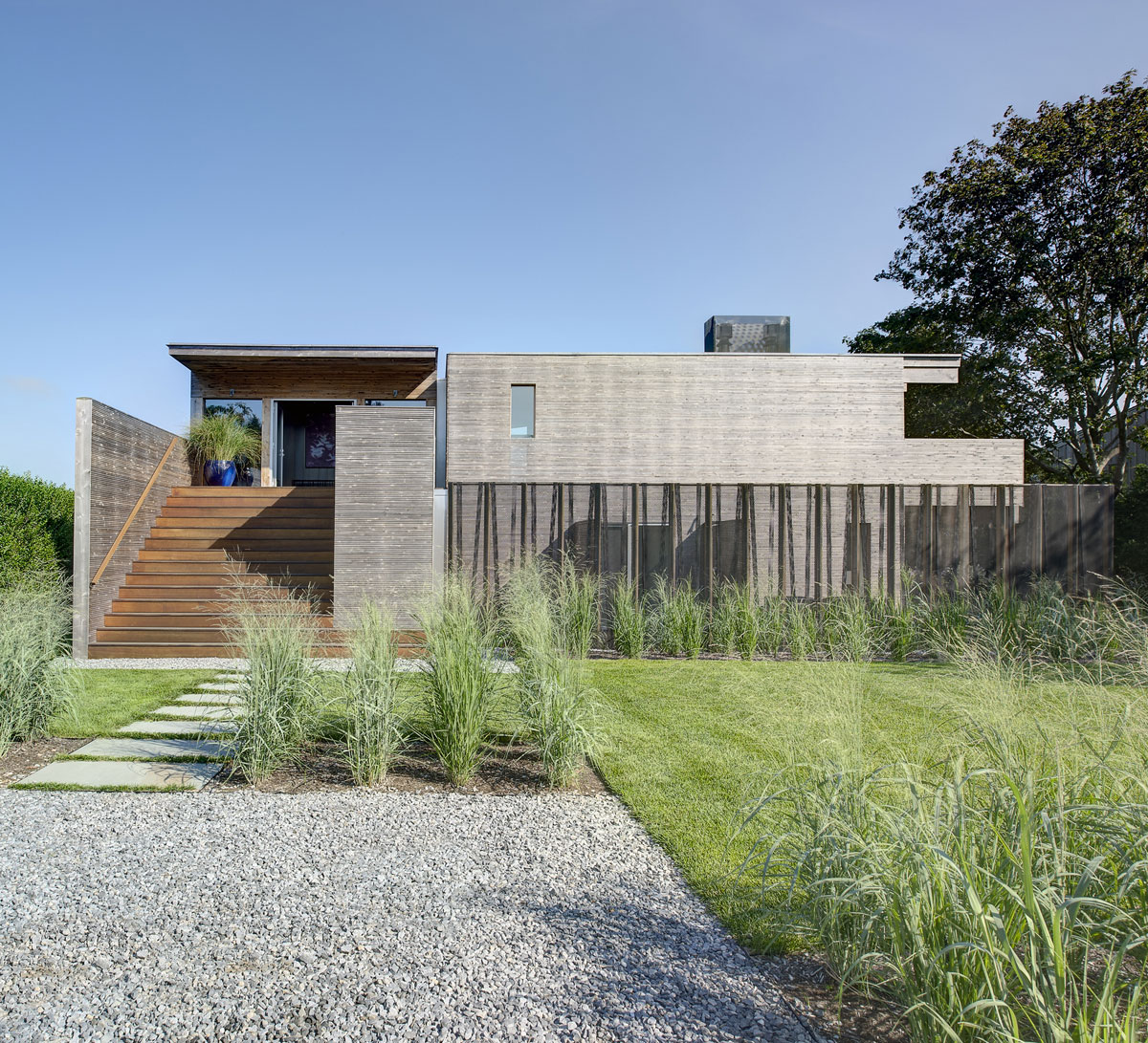 Far Pond by Bates Masi Architects (1)