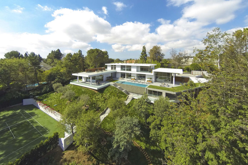 Home on Holmby Hills by Quinn Architects (3)