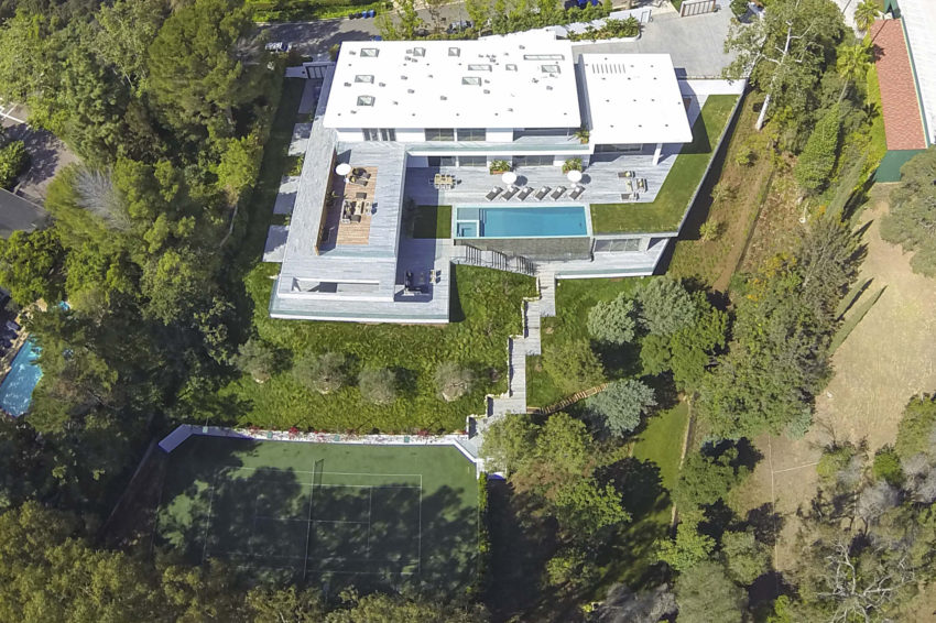 Home on Holmby Hills by Quinn Architects (5)