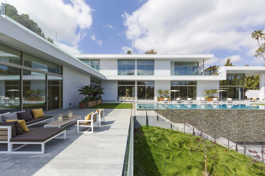 Home on Holmby Hills by Quinn Architects (7)