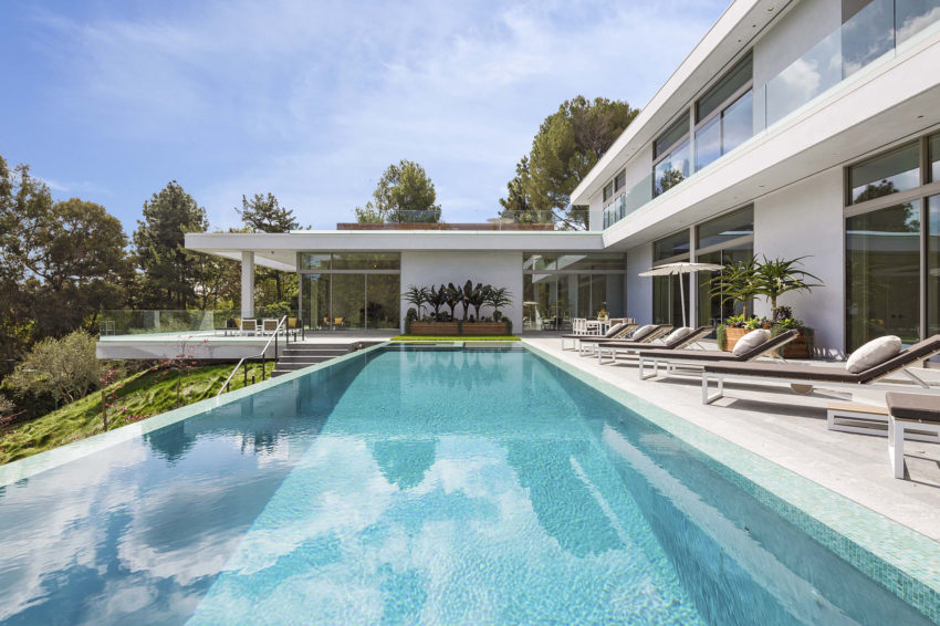 Home on Holmby Hills by Quinn Architects (9)