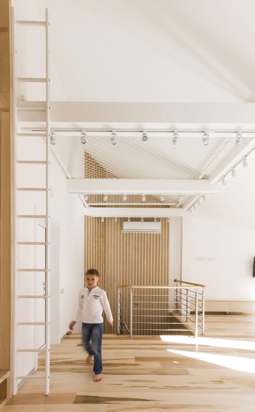 Loft Apartment by Ruetemple (10)