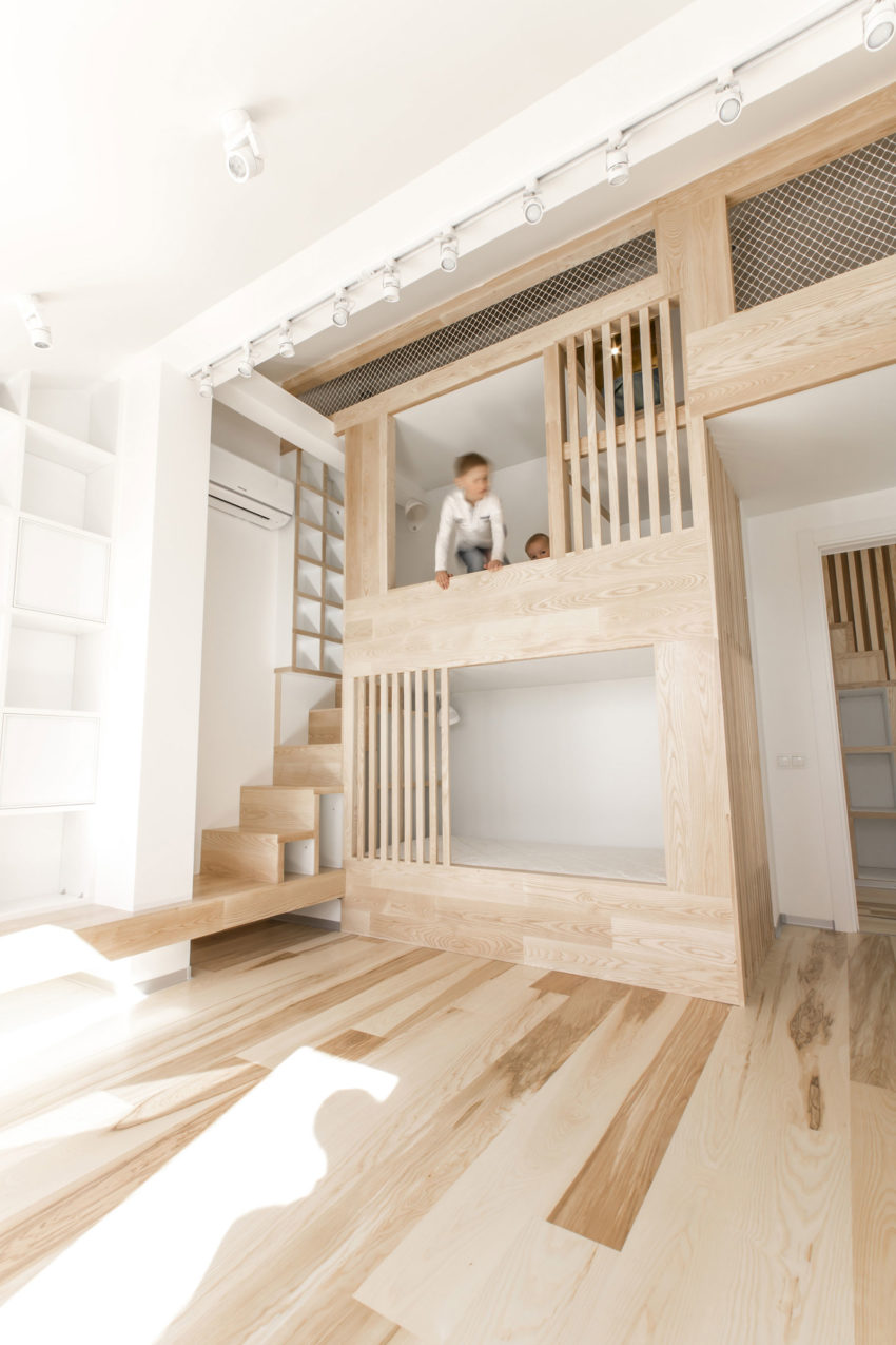 Loft Apartment by Ruetemple (15)
