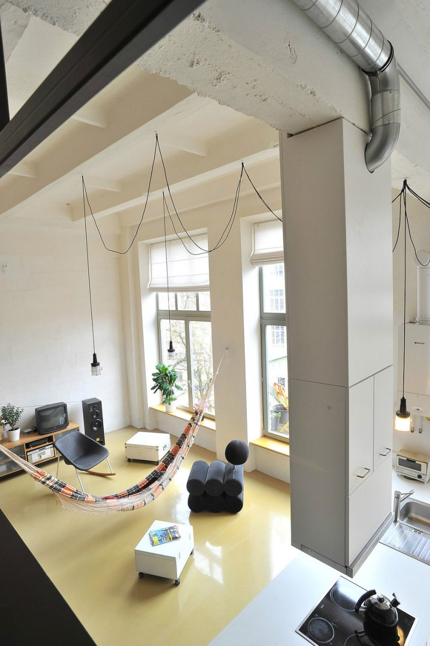 Loft apartment in former factory by Inblum (1)