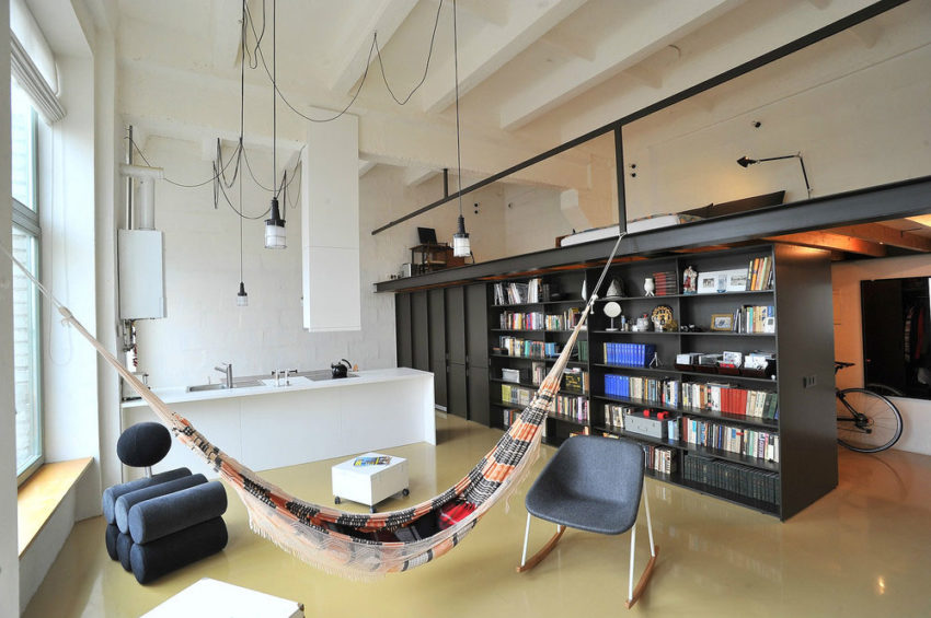 Loft apartment in former factory by Inblum (2)