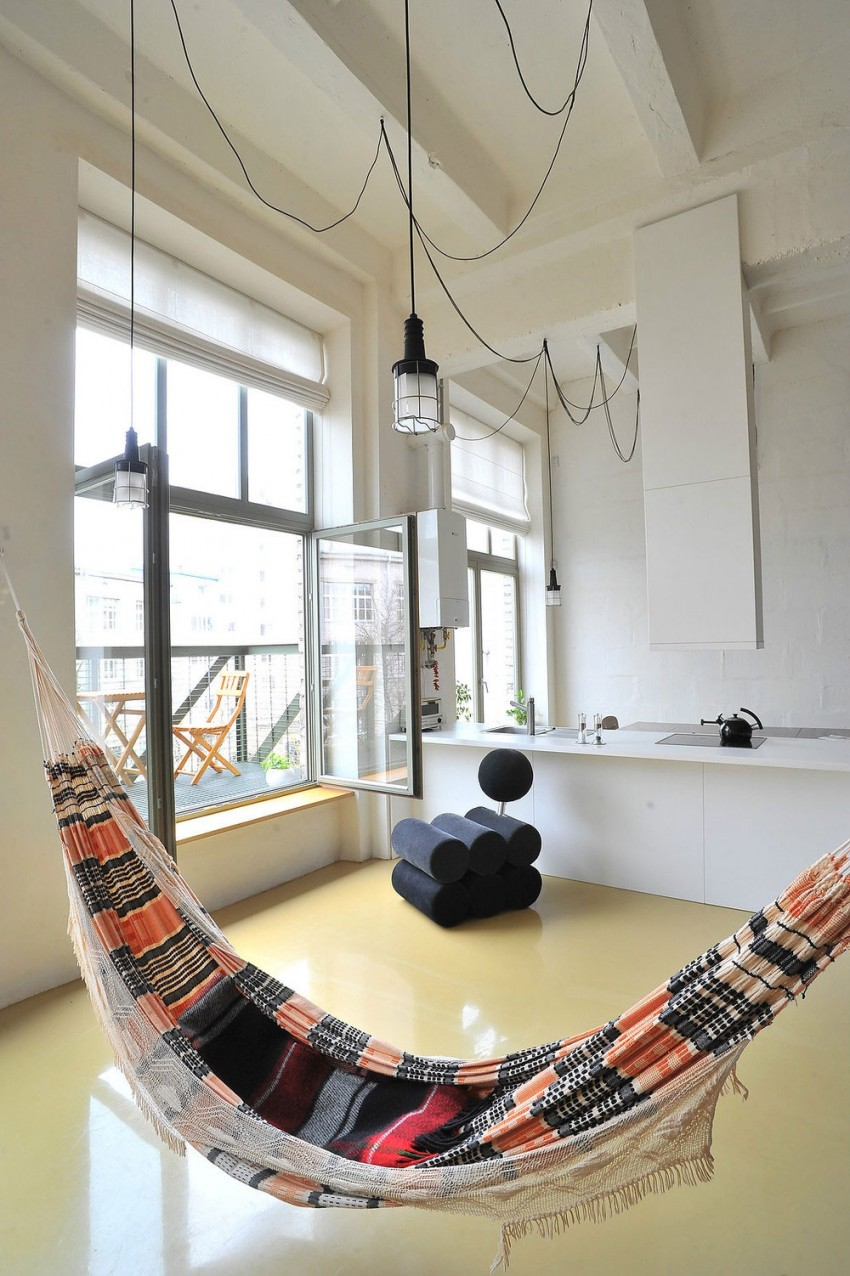Loft apartment in former factory by Inblum (3)