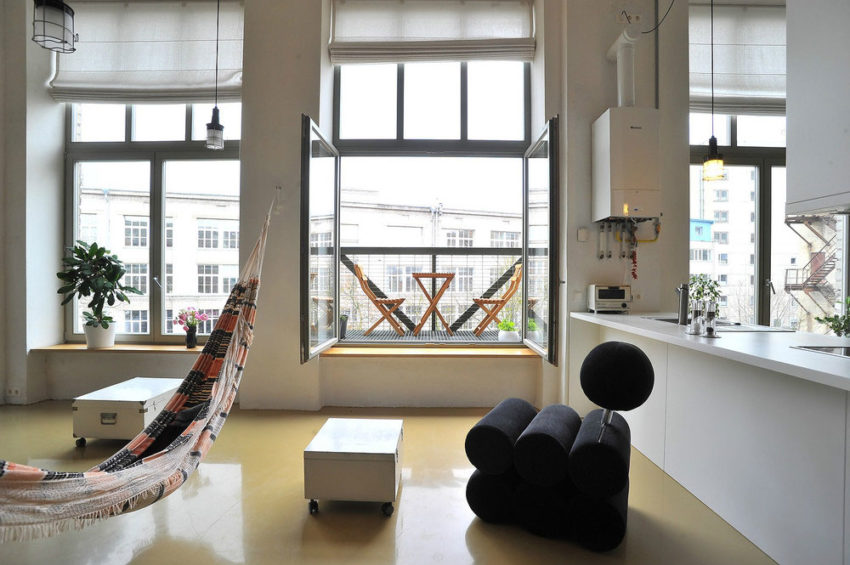 Loft apartment in former factory by Inblum (4)