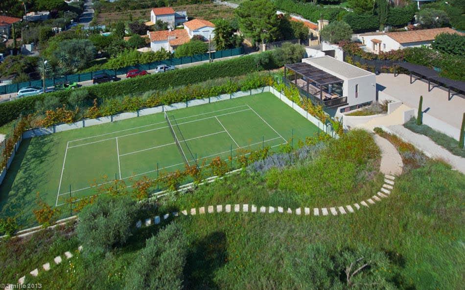 Luxury modern villa on Cap d'Antibes (2)