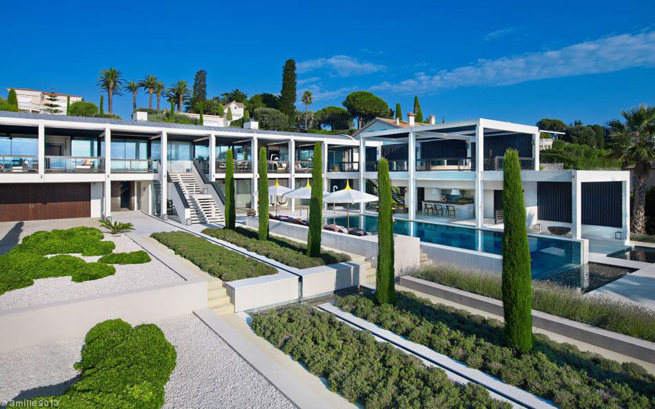 Luxury modern villa on Cap d'Antibes (3)