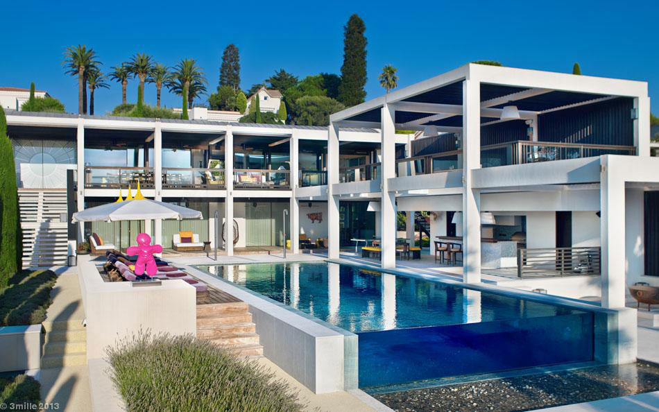 Luxury modern villa on Cap d'Antibes (4)
