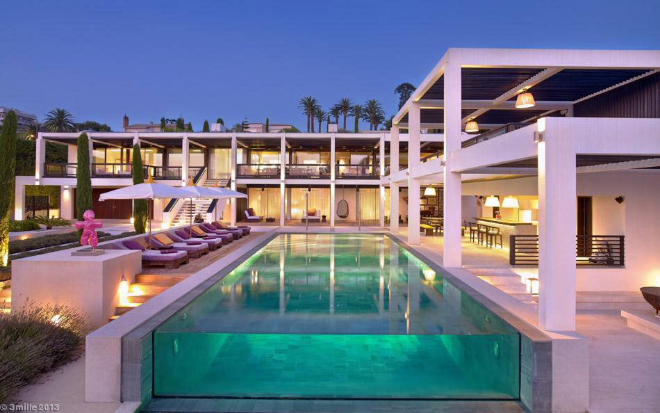 Luxury modern villa on Cap d'Antibes (28)