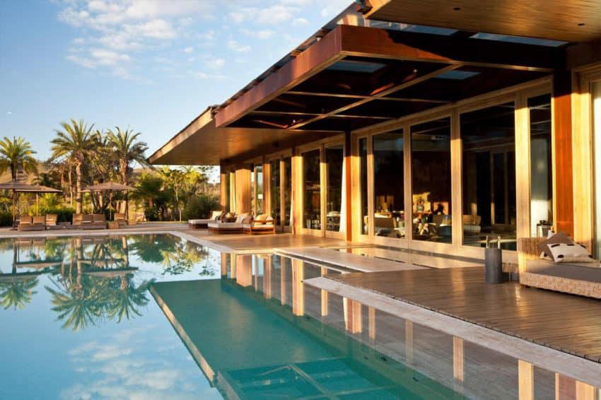 Nova Lima House by Saraiva + Associados (4)