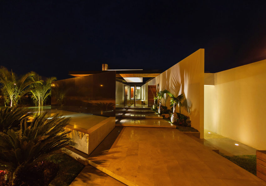 PL2 House by Seijo Peon Arquitectos y Asociados (15)